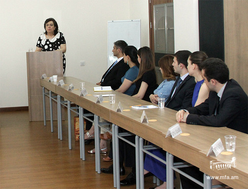 Minister of Diaspora Hranush Hakobyan  at the Diplomatic School