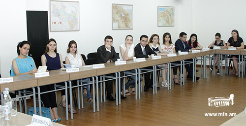 Students of the Diplomatic School
