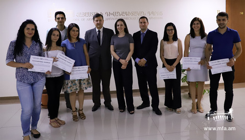 Graduation ceremony of the Training Course for Journalists