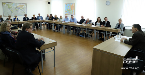 The delegation of the European Movement of Denmark at the Diplomatic School